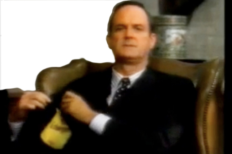 11-schweppes-cleese